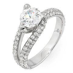 Tri Prong Pave Shoulder Diamond Ring